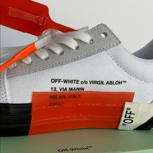 Off-White Shoes - NEW OFF-WHITE WOMEN'S SNEAKER SIZE 7(37)